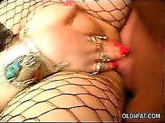 Almacenamiento de Rellenitas Maduritas mamando una polla