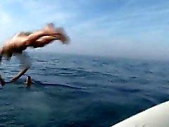 Bombeiro francesas que fodem em uma bote