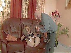 Duitse Behaard Rondborstige Granny