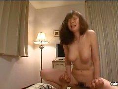 Asian Hottie Blasen und heiße Masturbation