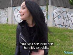 Öffentliche Mittel Alessa Savage Ruft Creampied Im Freien