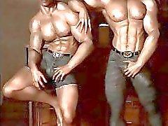 3D Гей Мускулистые Мальчики!
