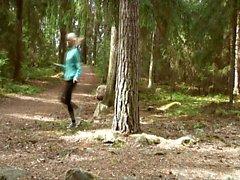 Finnish flasher fucks Cindy Sun