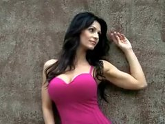 Denise Milani Rock Wall - ohne FKK