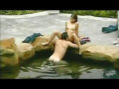 Пару блядь в бассейне ( из 7 жизнях Xposed )