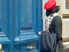 Krystal En Delahaye - Französisch HouseWife Gangbanged