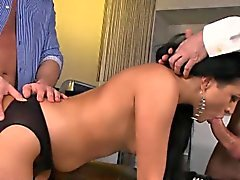 anal pipe brunette double pénétration