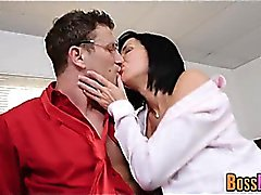 Exquisita Milf Veronica Avluv obtiene fisted y follada