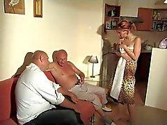 De 2 viejos hombres jodido Muchacha que joven
