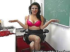 Big breasted leraar speelgoed haar geschoren muff