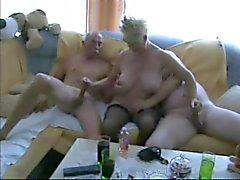 Uppskattade Bisexuell tubevideor