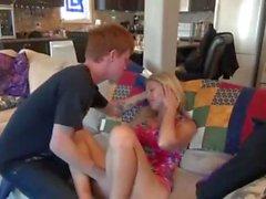 STP5 Ella folla a su hermano no su novio!