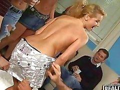 Uppskattade Party tubevideor