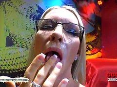 FMLI estadounidense de Emma Starr primera el bukkake alemán