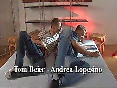 Bareback Met Tom & Andrea