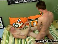 Man геев пол игрушками бесплатные киноканалы Престон Andrews дремлет