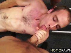 culo gay caliente follada por dinero en efectivo en la tienda