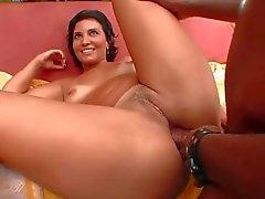 Två fina häcken brasilianska systrar få lite svart Dick