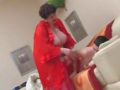 BBW Wakes een Teen Boy en Fucks door TROC