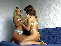 Ryska Fisting lesbisk tonåringar från TROC