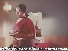 Kuuma Mallu Maid viettelee hänet omistajaan Son - hotmoza