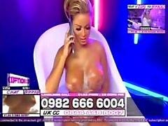 Gemma massey dans le bain 4