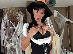 Babe в костюм а белья для Хэллоуин