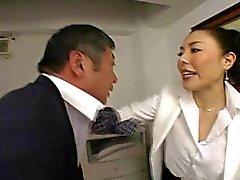 Японского Boss трахает ее сотрудника так сильно в офисе - Индекс РТС