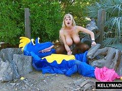 KELLY MADISON - Cómo Soplar Su Dragón