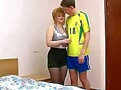 Blond de Russie d'âge mûr épouse Truc