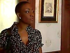zwart en ebony interraciale lesbiennes milfs