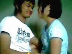 yong teen thailand neuken