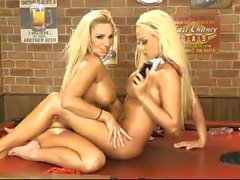 Lucy Summers e Dannii Harwood 2015/02/21