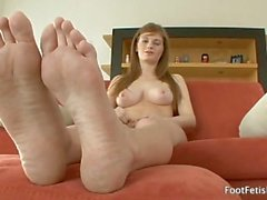 Foot Fetish Daily - Meet Faye Reagan (2009) Faye Reagan