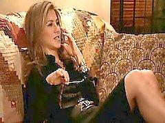 Дженифер Анистон хватая товарищей Друзья одной из главных ролей Кортни
