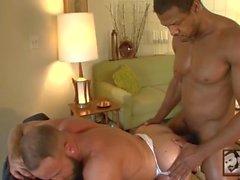 Muscle Stud Shay Michaels tar Aron Ridge enorma Black Cock