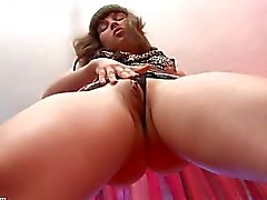Lisa Shows her Cameltoe From an Upskirt View