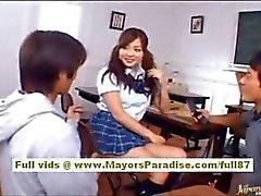 Koisaya Naughty Chinees meisje wordt geneukt in alle posities