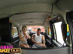 Female Fake Taxi Stud couvre les pilotes gros seins en sperme