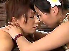 Asiáticas El masaje al aire libre