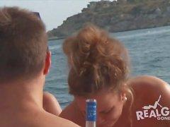 adolescenti immobiliari a parte che di yacht