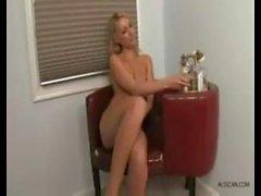 Den sexiga Sara Peachez
