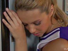 Ashlynn Brooke Cheerleader ( HUUU )