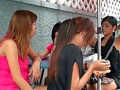 De las muchachas asiáticos tienda de dulces