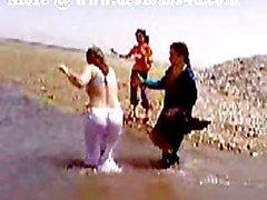 Pakistán de Sindhi a Karachi la tía Desnudo río de Bath