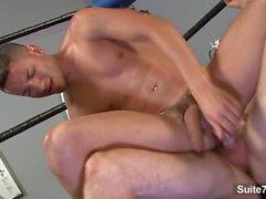 atleti di dei gay lecca e cazzo loro culi