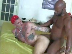Pigboy trifft seinen Vater Cutler X