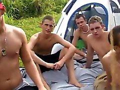 Erstaunlichen Homosexuell Szene Sie erkannten Zelt und alle haben Sie Platz auf t