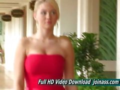 Alison Angel A Vestitini Sexy Rossa si comporta come un Modello di modo