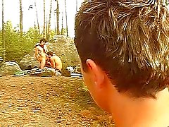 Geile homo's in het bos
